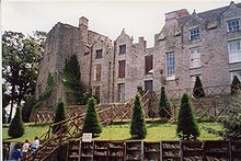 220px-Hay_Castle_-_geograph.org.uk_-_61858