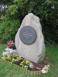 250px-Gwenllian_memorial_Sempringham