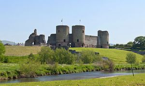 360px-Rhuddlan_Castle,_May_2012