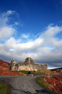 330px-Doon_castle_(2266044734)