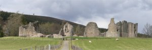 Kildrummy_castle_2