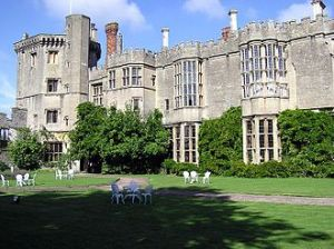 330px-Thornbury.castle.west.front.arp.750pix